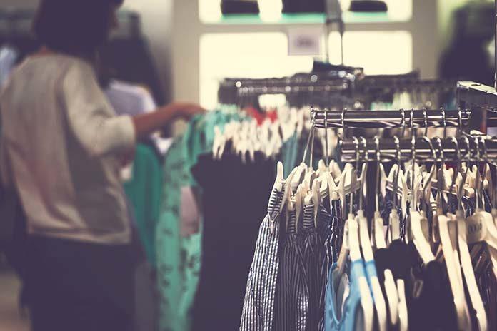 5 błędów popełnianych przy zakupie odzieży
