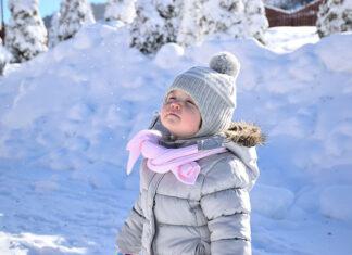 Jaki zestaw czapki i szalika wybrać dla dziecka
