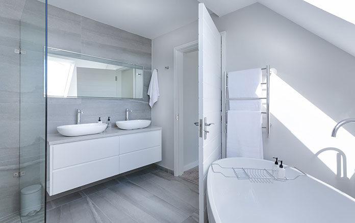 Modne łazienki 2021